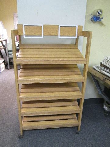 56 x 31-1/2 x 20 Wooden Country Style 5 Tier Bakery Shelf