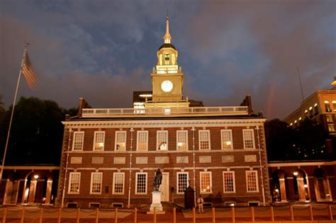 Independence Hall Lit at Night | Aglow at night
