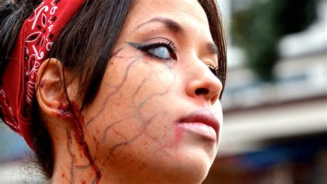 Top 10 Bizarre Mental Disorders - The Mind Voyager