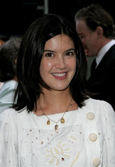 Phoebe Cates | Known people - famous people news and