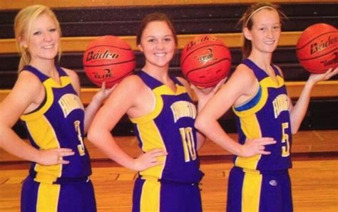 Illinois girls basketball players suspended for racy hand