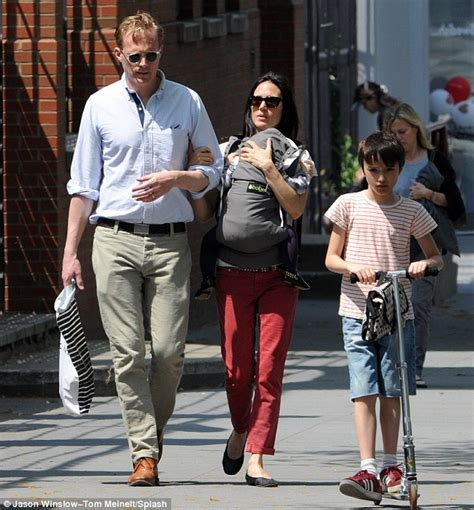 Paul Bettany enjoys a day of fun in the sun at the park