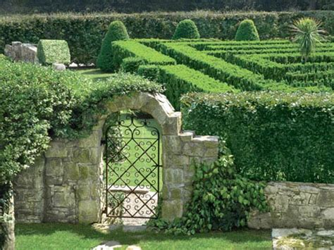 What To Do With Big Residential Gardens | Best Home Ideas