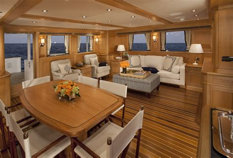 Citadel Yachts Expedition Yacht Miss Lisa — Yacht Charter