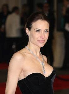 Claire Forlani Workout Routine - Celebrity Sizes