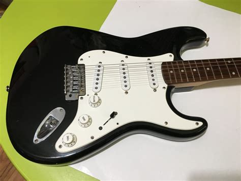 Trying To Date Fender Strat With Synchronized Tremolo Made