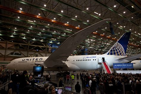 Updated: United Airlines Plans to Take Delivery of Their