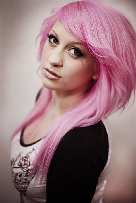 Now that I have colored my hair dark I really want it pink