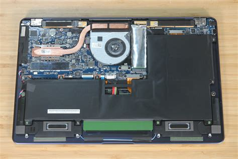 ASUS ZenBook 3 Deluxe UX490UA Disassembly (SSD, RAM