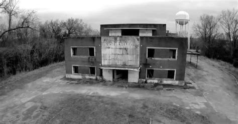 Ghost hunters discover body at abandoned Mississippi