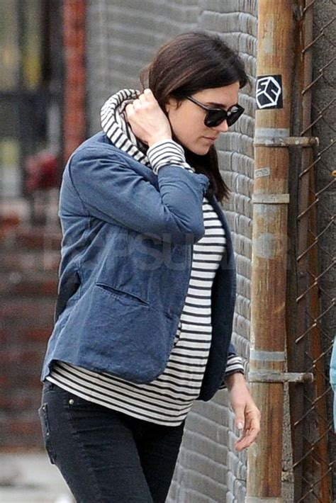 Pictures of Pregnant Jennifer Connelly With Paul Bettany