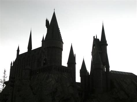 Magical Silhouette | Wizarding World of Harry Potter