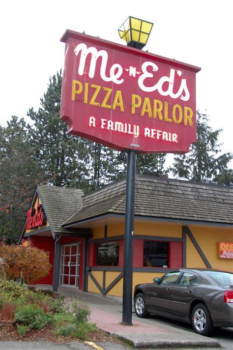 Burnaby Me-n-Ed's Pizza | Pizza Delivery | Burnaby Pizza