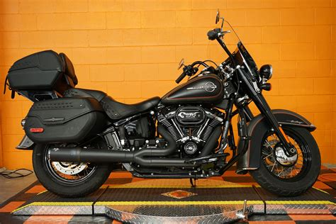 Pre-Owned 2018 Harley-Davidson Softail Heritage Classic