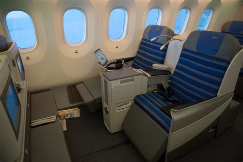 In-Flight Review: LOT Polish 787 Elite Club (Business