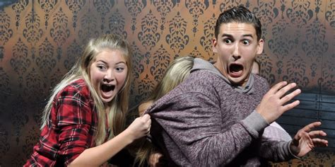 27 Photos of People Completely Losing Their Minds in a