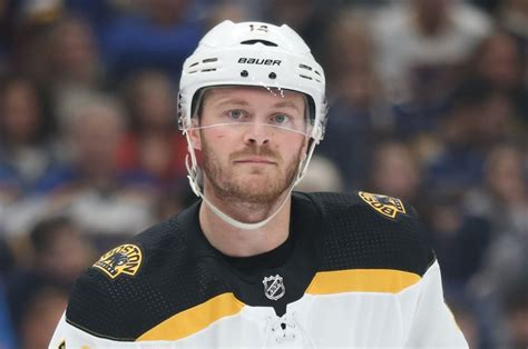 Boston Bruins' Chris Wagner to miss Game 4 with right arm