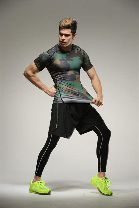 Gym tee Lycra Spandex Compression t-shirt – Best for