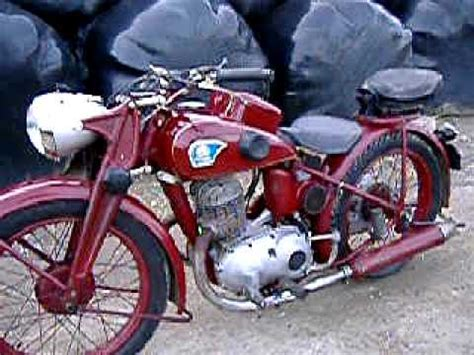 TRIUMPH/TWN 1942 BD250W RUNNING WITH SHORT RIDE - YouTube