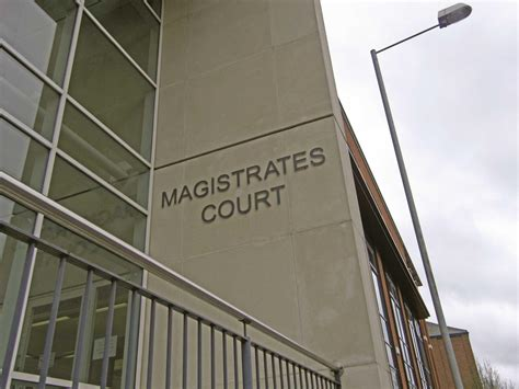 Lay magistrate numbers continue to fall | News | Law